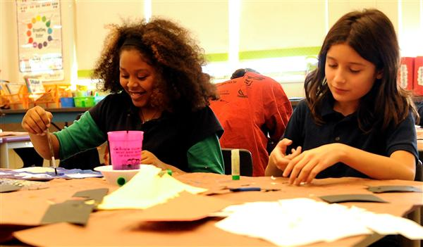Students making crafts