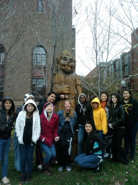 AVID students visiting colleges