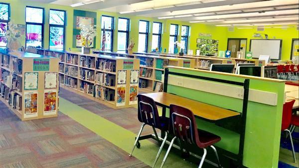 Obama Elementary Library Media Center / Obama Elementary